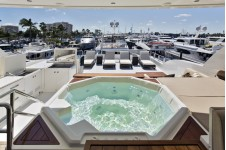 125ft motor yacht Gigi II - Spa Pool