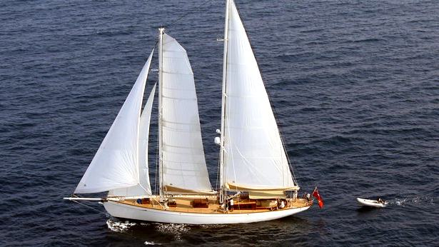 Sailing Yacht Shindela
