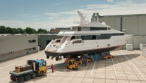 40m motor yacht Be Mine refitted by Huisfit