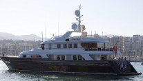 43m luxury yacht Paramour refitted by PURE Superyacht Refit