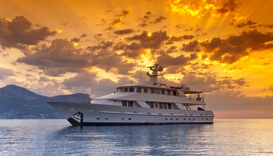 Motor yacht�5 Fishes