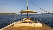 60 Years Yacht - fore deck