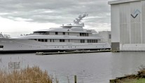 67.27m-luxury-motor-yacht-Drizzle-by-Feadship