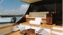 70ft luxury yacht Ravaganza - Cockpit Mezzanine Bridge