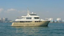 91-foot-Jade-expedition-yacht-SMILIN-G-T