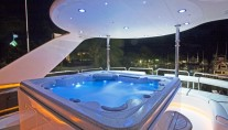 ADRISNA III - The Deck Spa Pool