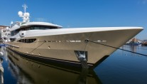AMELS-180-superyacht-LILI-Exterior-by-Tim-Heywood-and-interior-by-Laura-Sessa-665x443