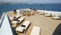 ANASTASIA SUPERYACHT BY OCEANCO - SUNLOUNGERS