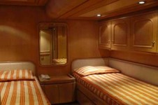 ANTARES AVANCE - Twin Cabin