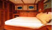 Acadia Yacht - Cabin Photo by Billy Black