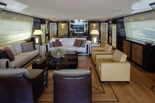 Alloy luxury yacht Loretta Anne Saloon