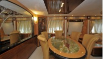Amer 92 Yacht - Dining Room