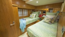 Andiamo 85 -  Twin Cabin with Convertible Beds