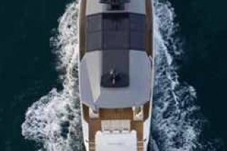 Arcadia 85 motor yacht birds view.png