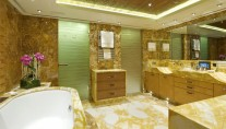 Arkley - Owners Bathroom