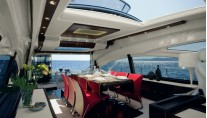 Azimut 72S Motor Yacht Dining Table