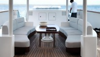 BERZINC - Aftdeck Seating