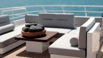 BERZINC - Sundeck Seating