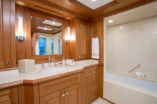 BROADWATER - Guest ensuite