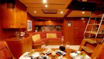 Baltic yacht MIDNIGHT SUN OF LONDON - Salon and dining