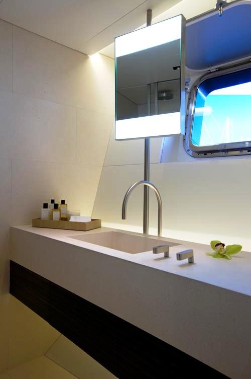 Baracuda   Master Bath. Bath Image Gallery   Luxury Yacht Gallery Browser
