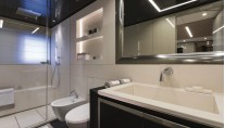 Bartali - owner bathroom - Jeff Brown