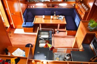 Bavaria 51 Cruiser Interior View