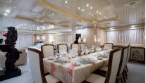 Benetti Superyacht SUNDAY -  Formal Dining