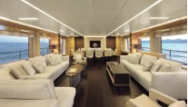Benetti-Classic-Supreme-132-Yacht-Interior-Saloon-Photo-credit-Thierry-Ameller-001