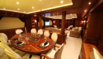 Bilgin 160 Classic superyacht M&M - Dining