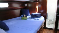 Bleu Turquoise - Forward Guest Cabin