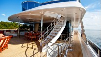 Blue Moon -  Bridge Deck Aft