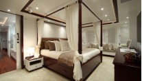 CRN luxury yacht Lady Trudy - Owners Suite