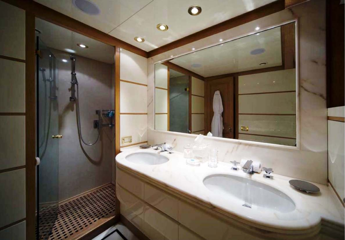 luxury yacht charter cyan guest bathroom - codecasa