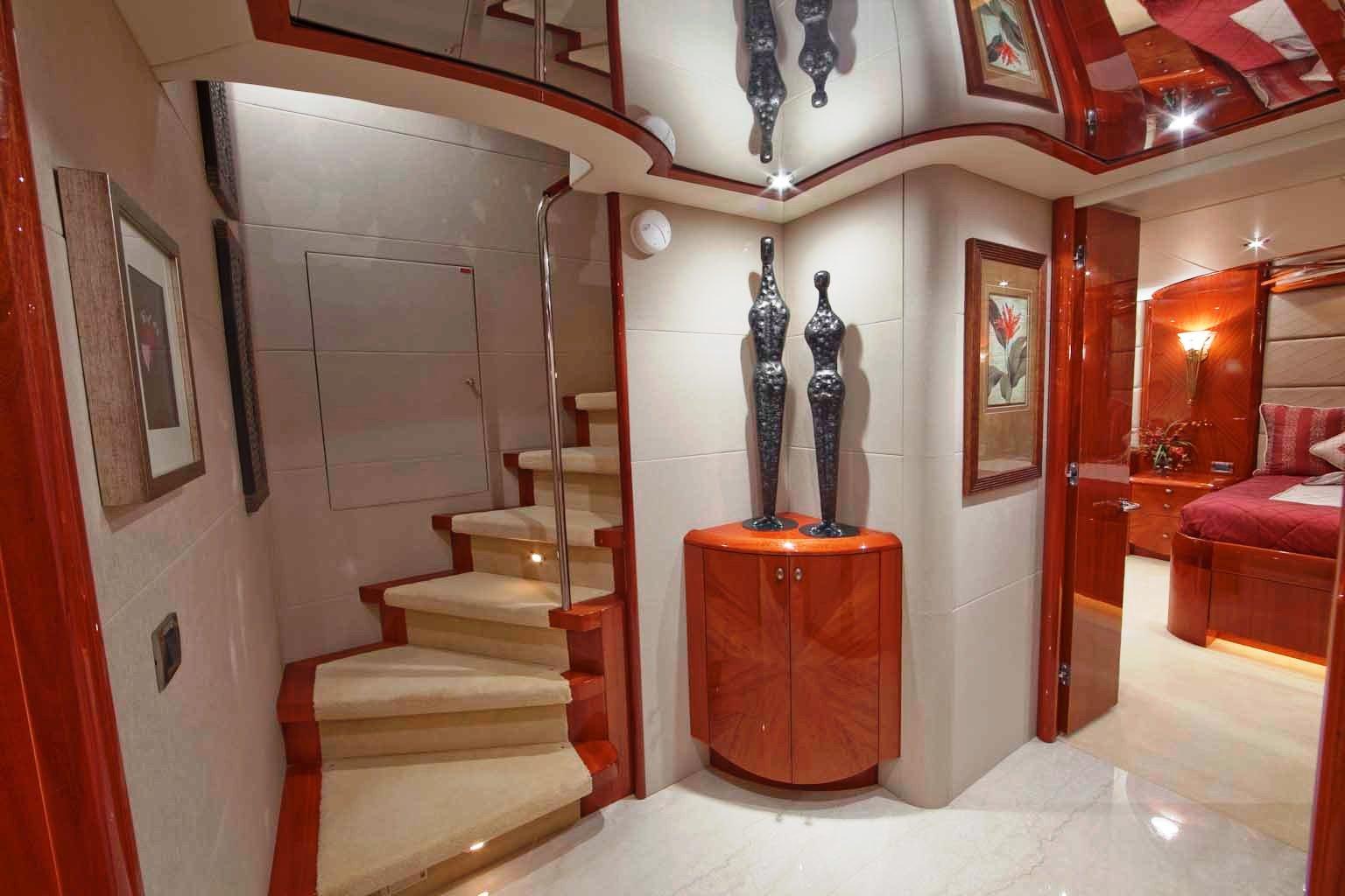 Foyer Luxury Yachts : Castaway guest foyer luxury yacht browser by