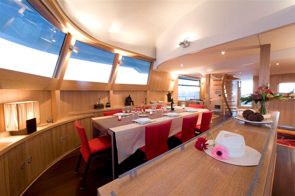 Luxury motor bradley catamaran bradley formal dining for Formal dining area