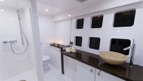 Catamaran DREAMLINER -  Guest Ensuite