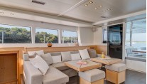 Catamaran ENIGMA -  Salon Seating