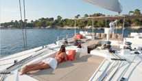 Catamaran Firefly -  Sun Pads on the Flybridge