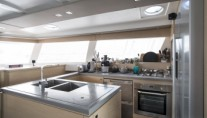Catamaran HIGHJINKS I - Galley 2