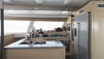 Catamaran HIGHJINKS I - Galley