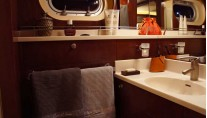 Catamaran ROSE OF JERICHO -  Ensuite Bathroom