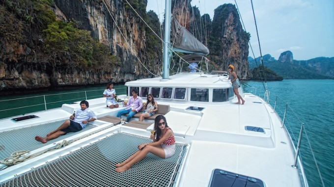 Sailing catamaran SEA SPIRIT
