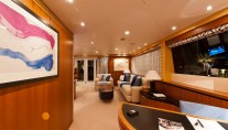 Catamaran SPIRIT 35 -  Master Cabin Entrance