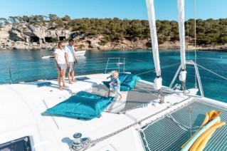 Catamaran SPLIT SECOND - Foredeck