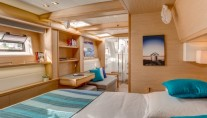 Catamaran SPLIT SECOND - Master cabin
