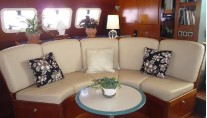 Catamaran VICTORIA -  Salon Seating