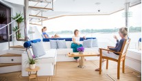 Catamaran WINDQUEST - Aft Deck Seating