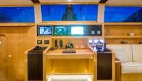Catamaran WINDQUEST - Nav Station