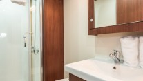 Charter yacht CHRONOS - bathroom